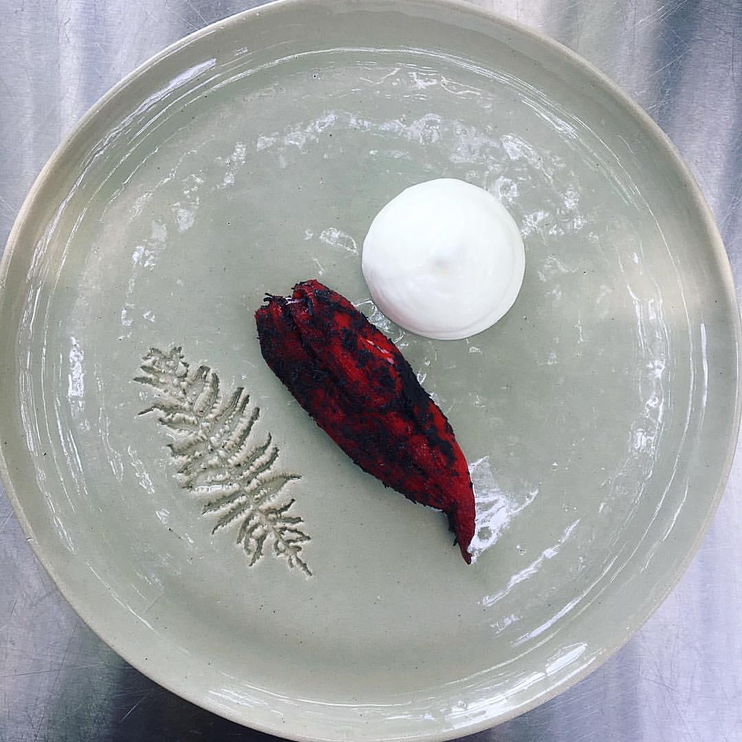 Dessert met peper en vlierbloesem
